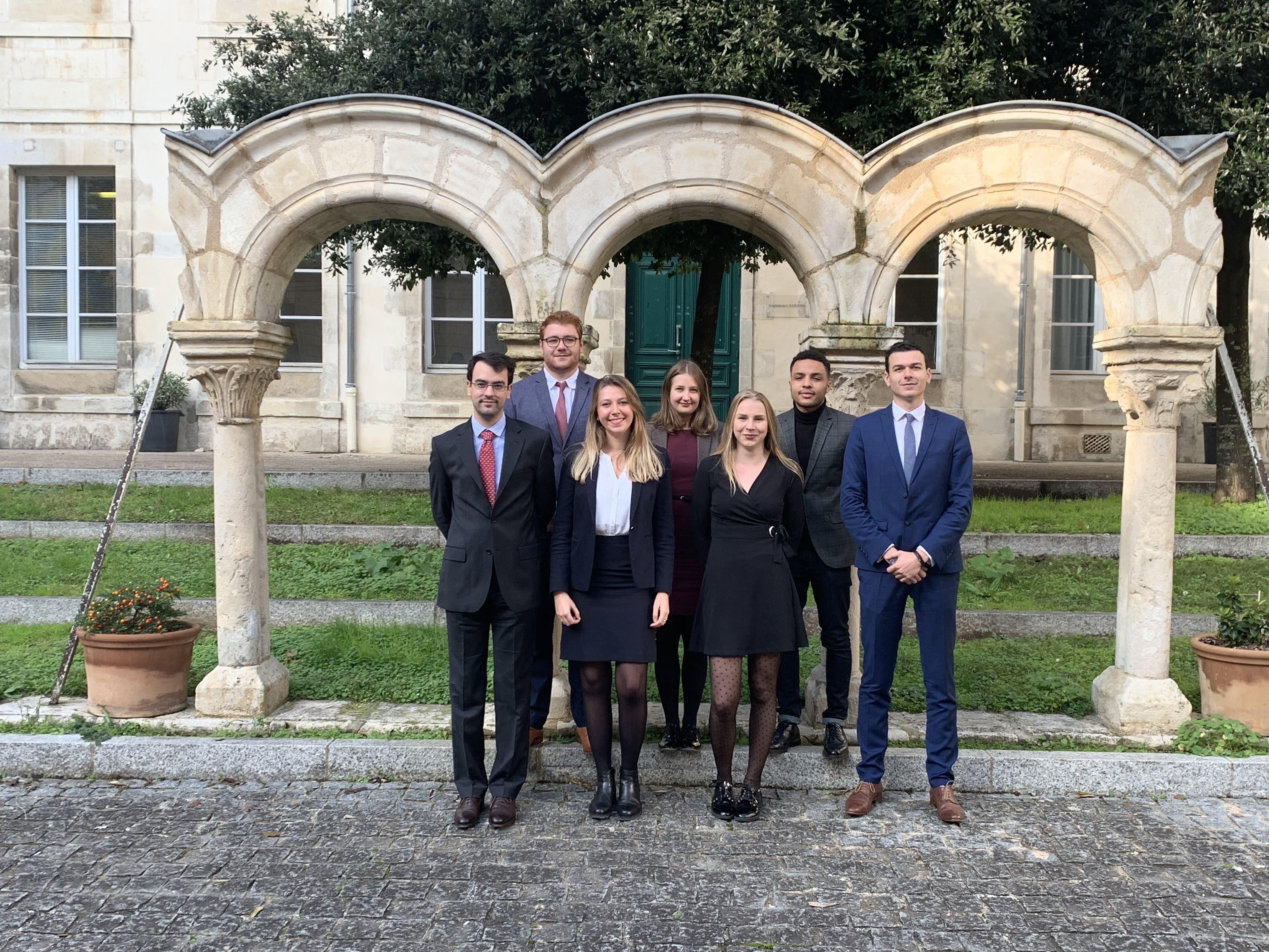 Faire appel à un notaire pour une vente de bien immobilier - Maureen Verger - Notaire stagiaire à Poitiers