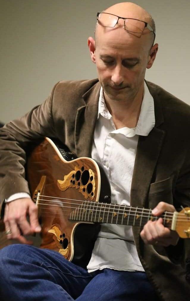 Apprendre la guitare sans solfège - Emmanuel Guitare - Professeur de guitare à Tours