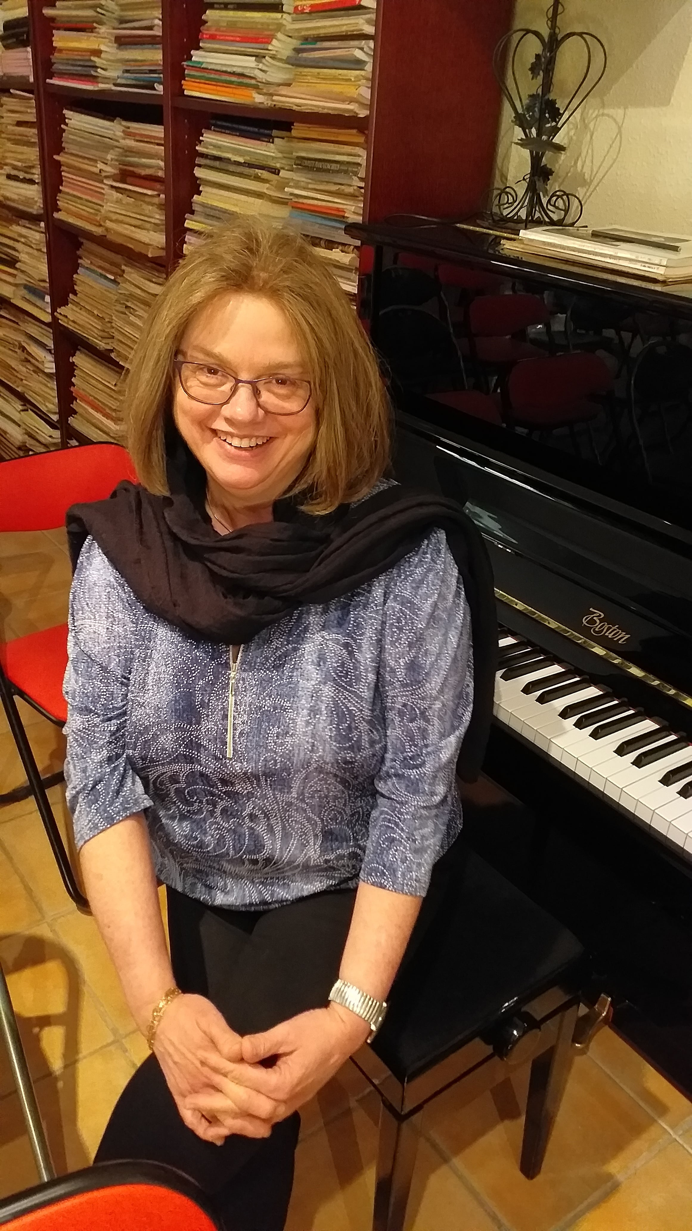 Eveil musical et piano à Marseille - Isabelle Cabus - Professeur de piano à Marseille 9ème