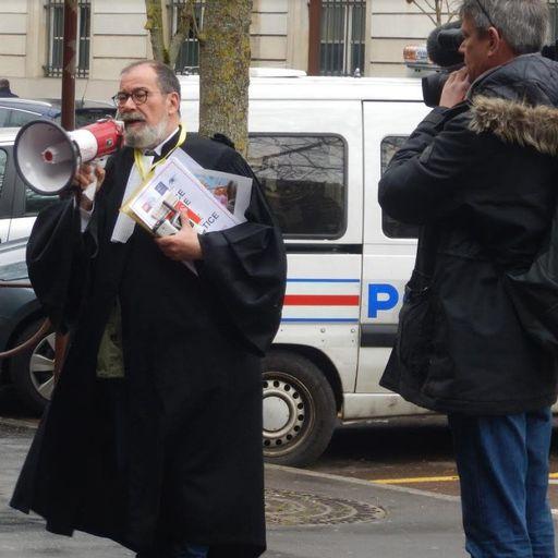 Le respect du droit par un avocat accompli - Maître Pierre Bordessoule de Bellefeuille - Avocat à Versailles