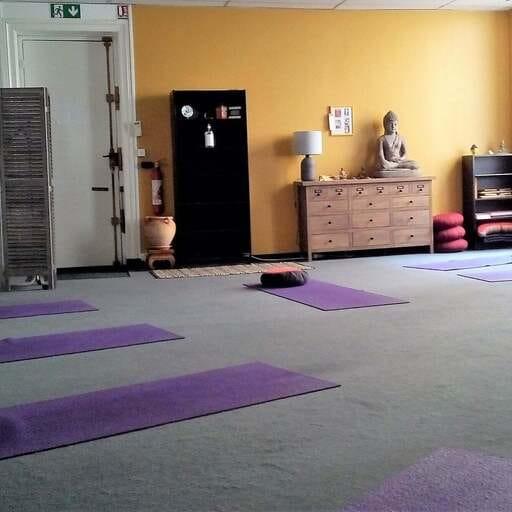 Un professeur de yoga investi - Thierry Larquey - Professeur de yoga à Lyon