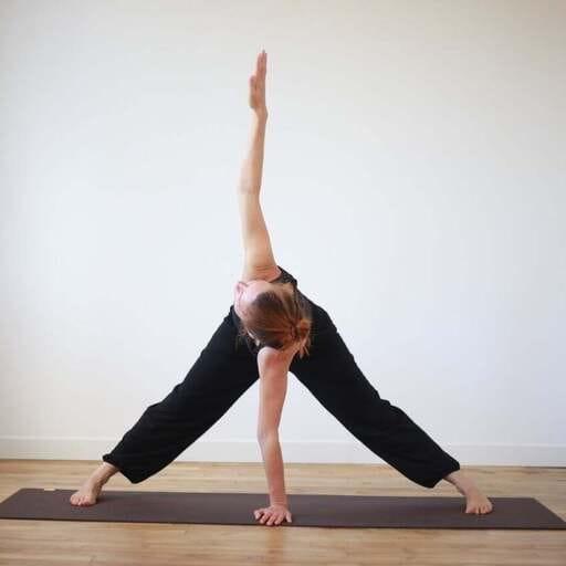 Pratiquer ou découvrir le yoga avec Mélanie au coeur de Rennes - Mélanie - Professeur de yoage au coeur de Rennes