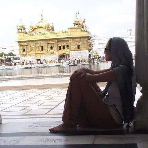 Le Yoga comme ligne de conduite - Emilie - Professeure de yoga à Gagny