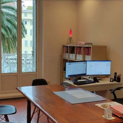 Du moyen-âge à nos jours : Être la sixième génération de notaire - Alexandre Couret - Notaire-stagiaire à Toulon