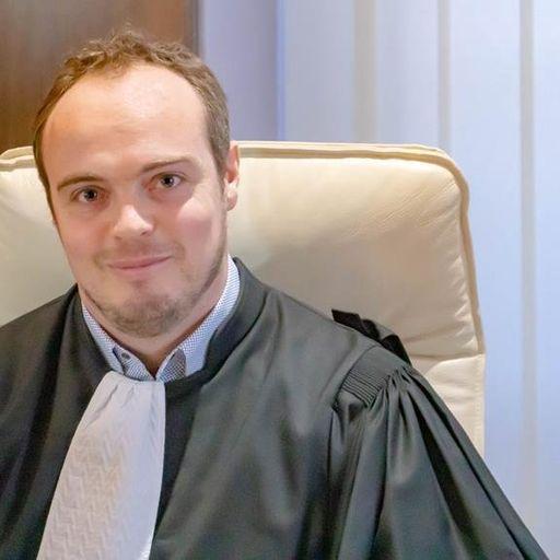 Les compétences d'un avocat pour vous aider juridiquement - Corentin Delobel - Avocat à Nice