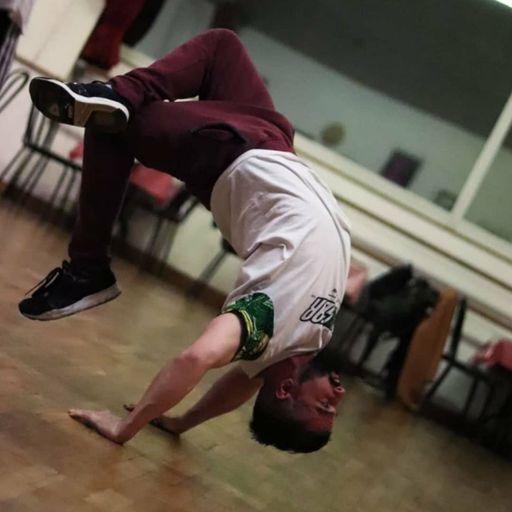 Culture et cours de danse hip hop avec La Brigade Fantôme - François Gustave - Professeur de hip hop à Toulouse