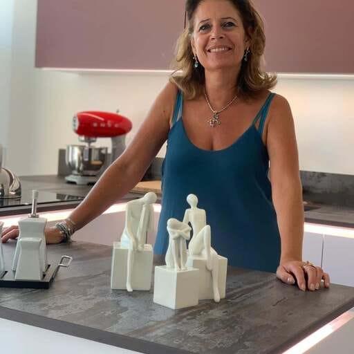 Comment bien choisir le bon installateur de cuisine ? - Catherine - Cuisiniste à MAISONS ALFORT