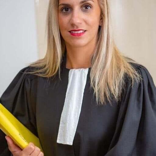 Avoir recours au soutien d'un avocat en cas de différend juridique - Ophélie Mazoyer - Avocate à Toulon