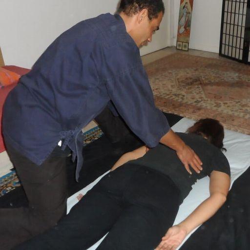 Le massage shiatsu pour un bien-être à tout âge - Lionel Zingaretti - Praticien en shiatsu à Narbonne