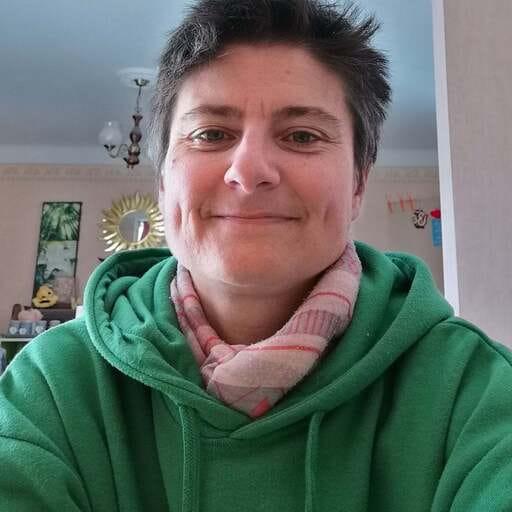 Des séances de soutien scolaire en mathématiques, physique et chimie - Blandine Crevassol – Professeure de mathématiques et de physique-chimie à Béziers