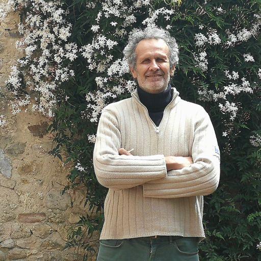 Pourquoi choisir un fabricant de meuble sur mesure ? - Nicolas Monnot - Fabricant de meuble en chêne entre Boiscommun et Malakoff
