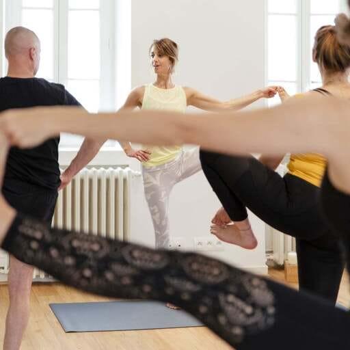 Les bienfaits du yoga vinyasa qui vous permettront de lâcher-prise. - Cécile Siretas - Professeur de yoga à Paris