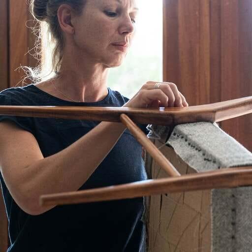 Donner une seconde vie à vos meubles grâce à la tapisserie - Sonia Organistka - Tapissier à Grenoble