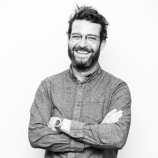 Sur le fil du rasoir ! - Aurélien Bertrand - Coiffeur- Barbier à Paris