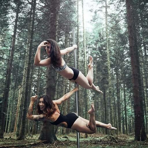 Souplesse et renforcement musculaire grâce à la pole dance - Justine Monnot et Anne-Laure Charles – Besançon