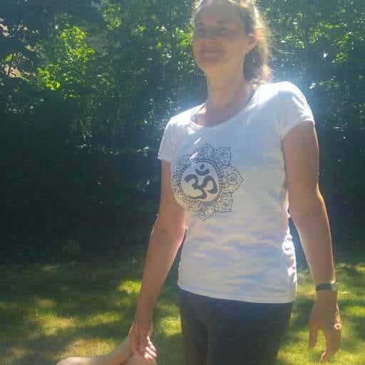 Promouvoir le yoga à tout âge - Anne Gauby - Professeur de Yoga à Tours