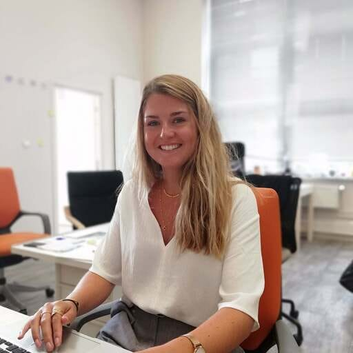 Level Up Cluster : une agence de communication créative et solidaire - Clémence Cousin - Chargée de communication à Tourcoing