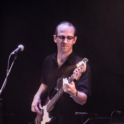 La transmission de la guitare, en atelier ou cours individuels - François Biscaye - Professeur de guitare à Rueil-Malmaison