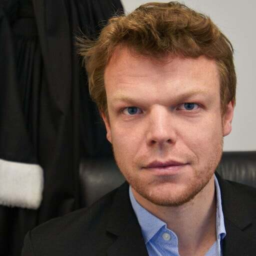 De l'Étude notariale au cabinet d'avocat, il n'a fallu qu'un pas ! - Alban Poissonnier - Avocat à Lille