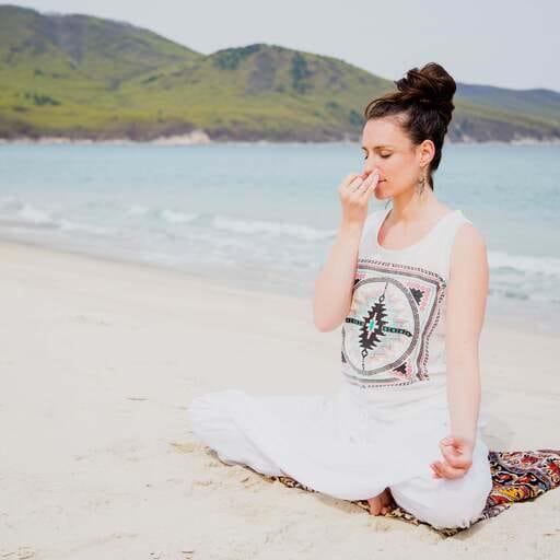 Le yoga à destination des femmes, pour un épanouissement de l'enfantement - Amandine Polovtseva - Professeur de Yoga à Quimper