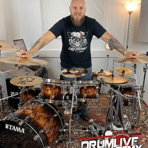 Loisirs : apprendre à jouer de la batterie - Maxime Goemaere - Professeur de Batterie à Tourcoing