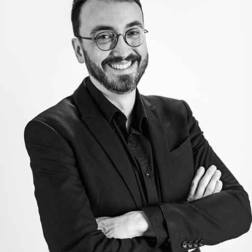 La Langue des Signes Français : une nécessité partout - Olivier Calcada - Traducteur Sourd à Toulouse