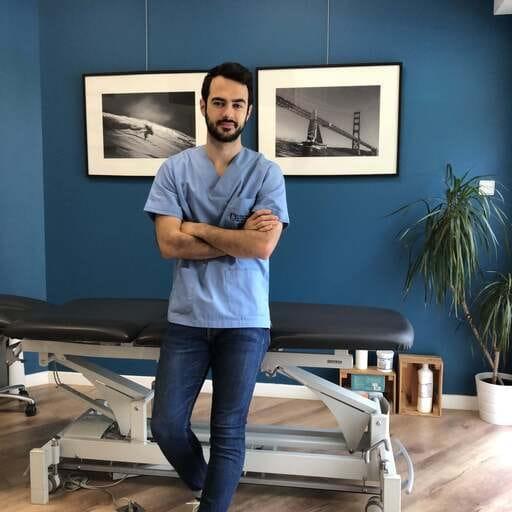 Ostéopathie : Chaque motif est unique, chaque patient est singulier. - Hugo Espinosa - Ostéopathe à Carnoux de Provence et Marseille