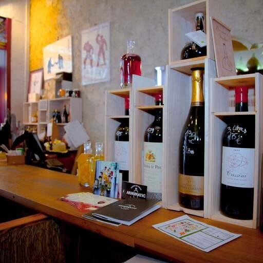 Une cave à vin et à manger où découvrir et déguster de vrais bons produits - Olivier Labarde - Caviste à Nice